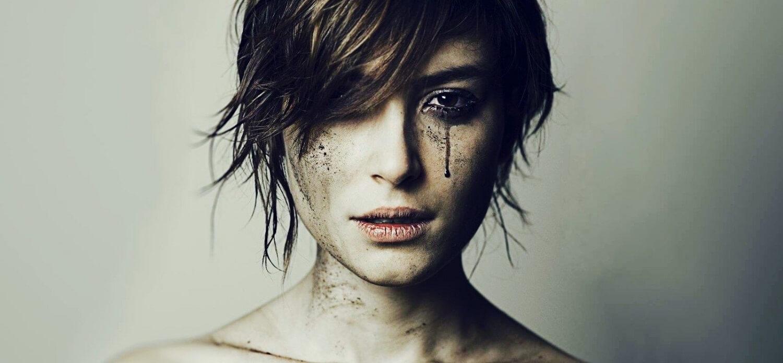 causas de depressão clínica ou maior e tratamentos convencionais para lidar com isso