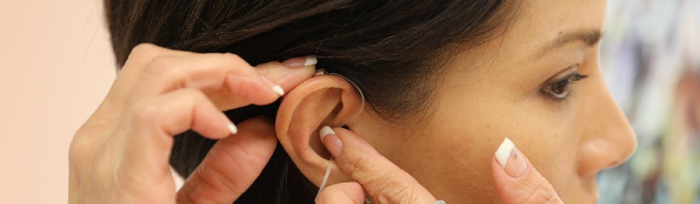 é possível recuperar a audição