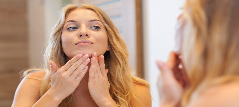 o que causa acne na gravidez