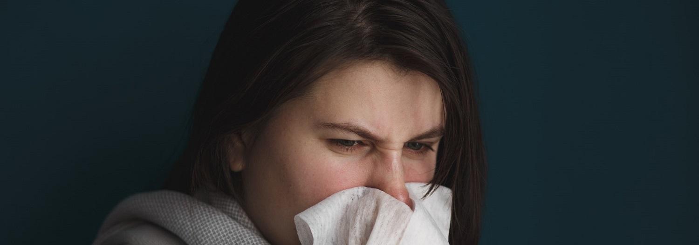 q e um no nariz escorrendo ou rinorréia é alergia