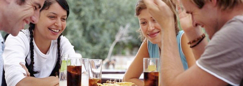 dor de estômago depois de beber refrigerante