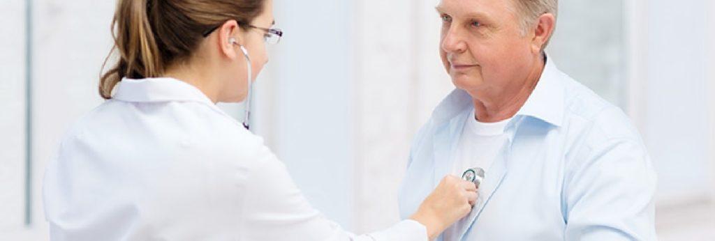 o que causa um aneurisma na aorta