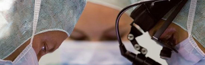 o tamanho do aneurisma da aorta requer cirurgia