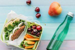 10 maneiras de entrar em alimentos saudáveis para controlar sua alimentação