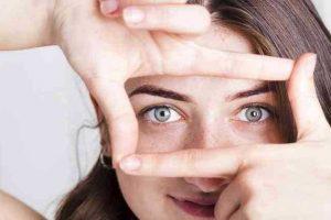 6 maneiras de tirar algo do olho