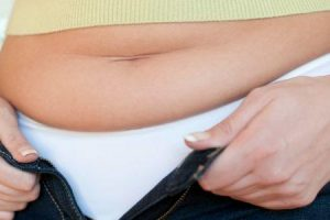 9 maneiras de se livrar da gordura da barriga da menopausa