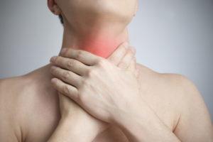 Alergias podem causar dor de garganta