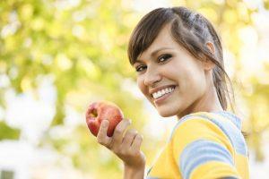 Alimentos, frutas e bebidas que mancham os dentes