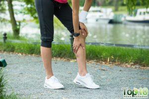 Causas de inchaço dos músculos da panturrilha depois de andar e seus remédios caseiros