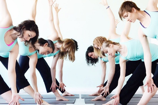 O que é Yoga pré-natal Seus benefícios saber o que é ensinado na aula de Yoga pré-natal e suas instruções de segurança