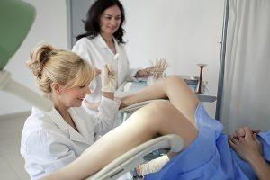Procedimento de biópsia endometrial e seus efeitos colaterais