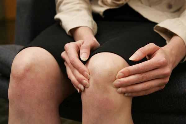 Quão dolorosa é uma TVP na perna?