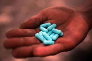 Quais são os efeitos colaterais de tomar comprimidos de malária?