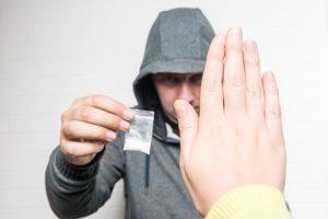 Reabilitação de dependência de cocaína e como gerenciar sintomas de abstinência de cocaína