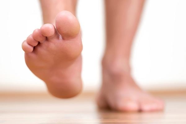 Retináculo flexor tenso do pé