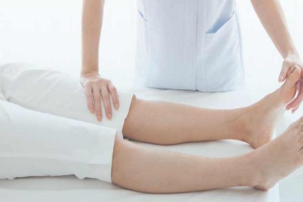 Síndrome do estresse tibial medial ou dor nas canelas causas fatores de risco sintomas