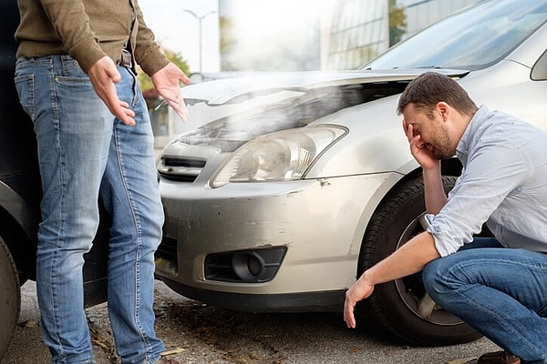 acidente de carro suas estatísticas e como evitar mva