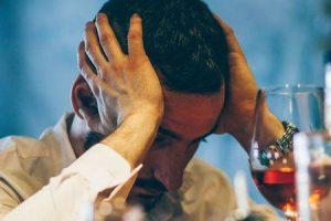 alcoolismo crônico e agudo e seus efeitos nos sistemas do corpo