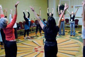 benefícios da terapia do movimento de dança para o autismo