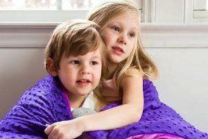 benefícios do cobertor ponderado para o autismo