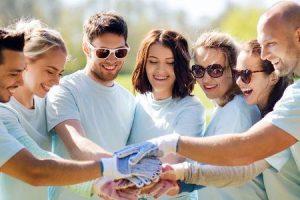 benefícios do voluntariado para a sua carreira e vida