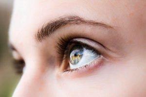 como evitar olhos esbugalhados