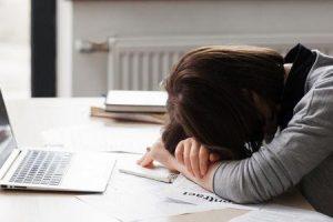 como gerenciar o estresse causado pelo desemprego ou perda de emprego