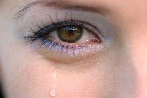 como se livrar de olhos esbugalhados