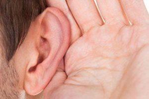 dano do nervo no ouvido