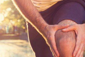 dor na parte de trás do joelho