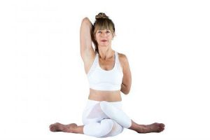 gomukhasana ou vaca enfrentou yoga