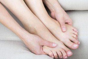maneiras de melhorar a circulação nas pernas