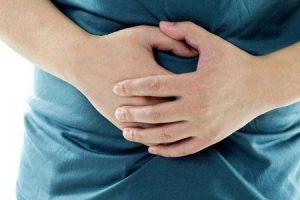 o que causa úlcera gástrica e quais são seus sintomas
