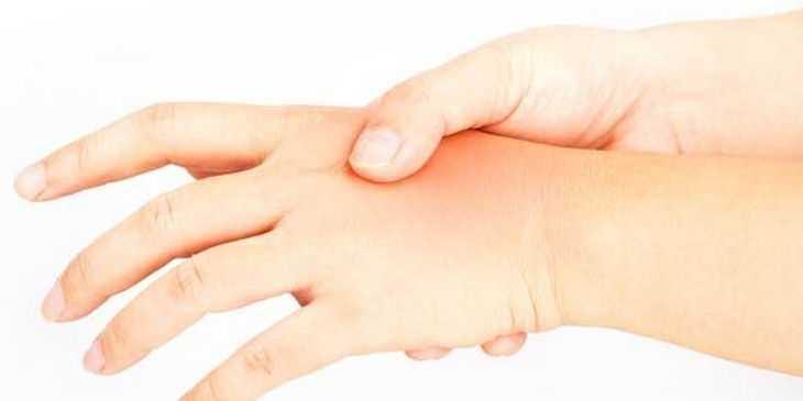 o que pode causar dormência nas pontas dos dedos