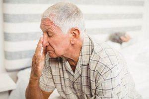 problemas do sono idade avançada provoca prevenção