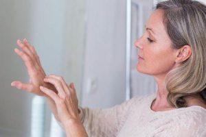 quão eficaz e seguro é fluocinonide no tratamento da coceira da pele
