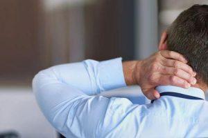 vitaminas importantes a tomar para dor no ombro e no pescoço