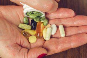 vitaminas sintéticas vs vitaminas naturais diferenças vale a pena conhecer