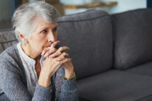 Quais são os sintomas da cardiomiopatia takotsubo
