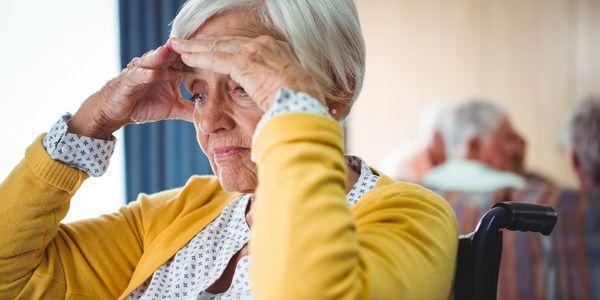 Quais são os sintomas motores da doença de Parkinson