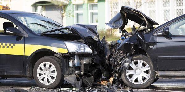 acidente de carro não vida lesões ameaçadoras sintomas sinais