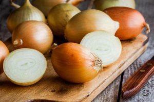benefícios da saúde do suco de cebola e benefícios medicinais do suco de cebola