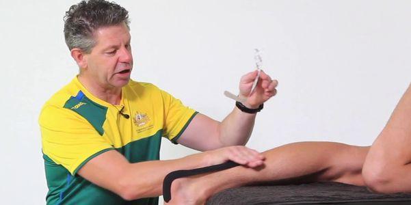 bursite retrocalcaneal ou bursite do tendão de Aquiles causa exercícios de alongamento de tratamento de sintomas