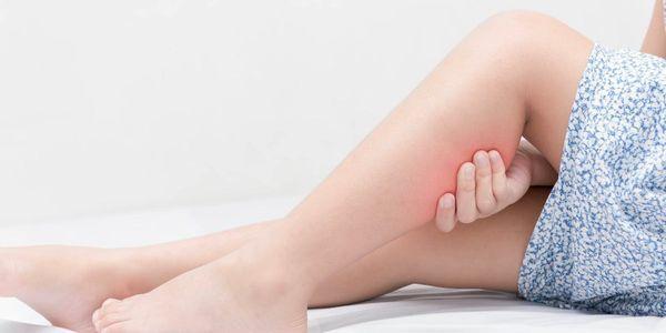 cãibras nas pernas provoca benefícios de prevenção de tratamento de massagem esportiva