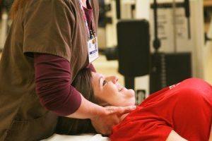 colocação permanente de bomba de dor intratecal e tipos de bomba