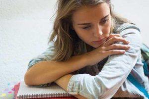 depressão em estudantes universitários e que os pais podem fazer sobre isso