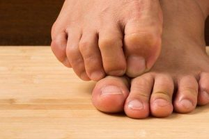 dormência no dedão do pé