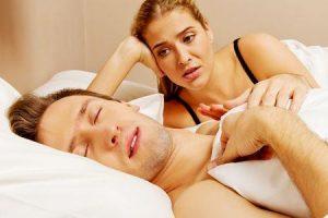 dormir falando