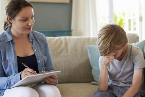 fatores de risco e diagnóstico de esquizofrenia de início na infância ou esquizofrenia precoce ou esquizofrenia pediátrica