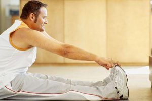 hérnia de esportes ou pubalgia atlética provoca exercícios de tratamento de sintomas